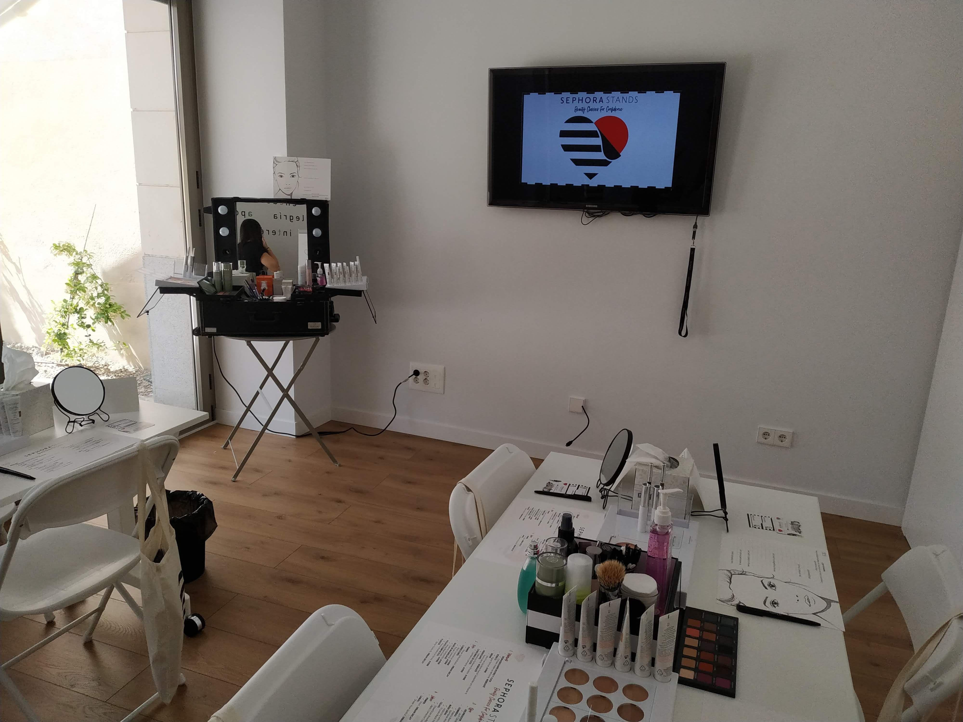 """""""Verse guapa y sentirse guapa. Sentirse mejor y sentirse más fuerte"""" es el lema del nuevo taller de Sephora"""