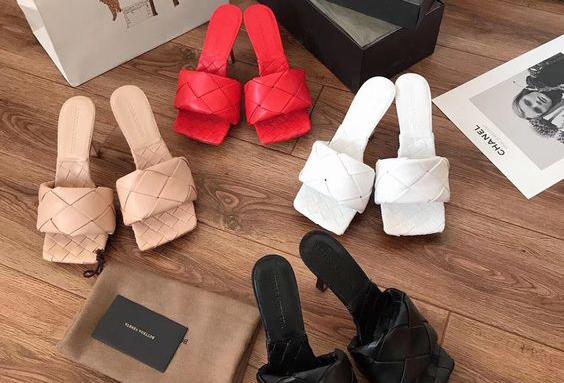 Historia de la moda: la sandalia