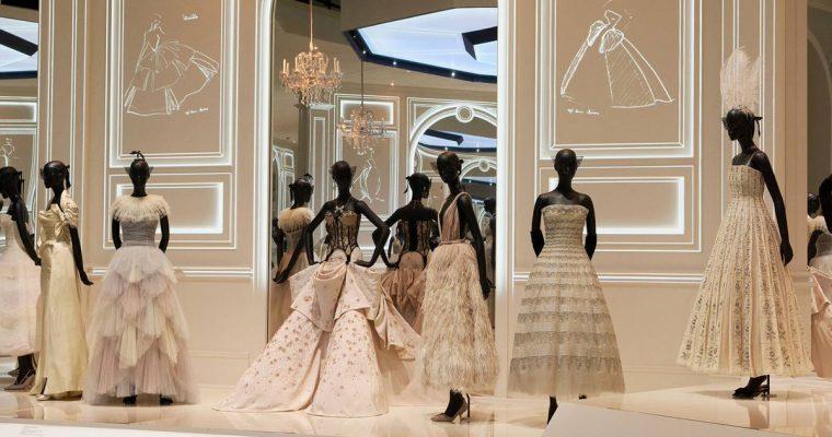 Sabemos qué exposición de Dior vas a querer visitar sí o sí