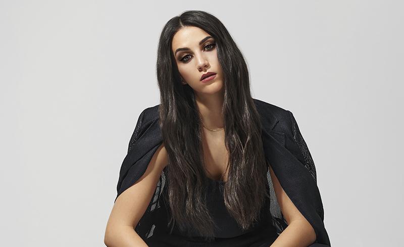 Claudia Salas x Maybelline